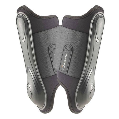 2-brushing-boots-soft-black-fs1