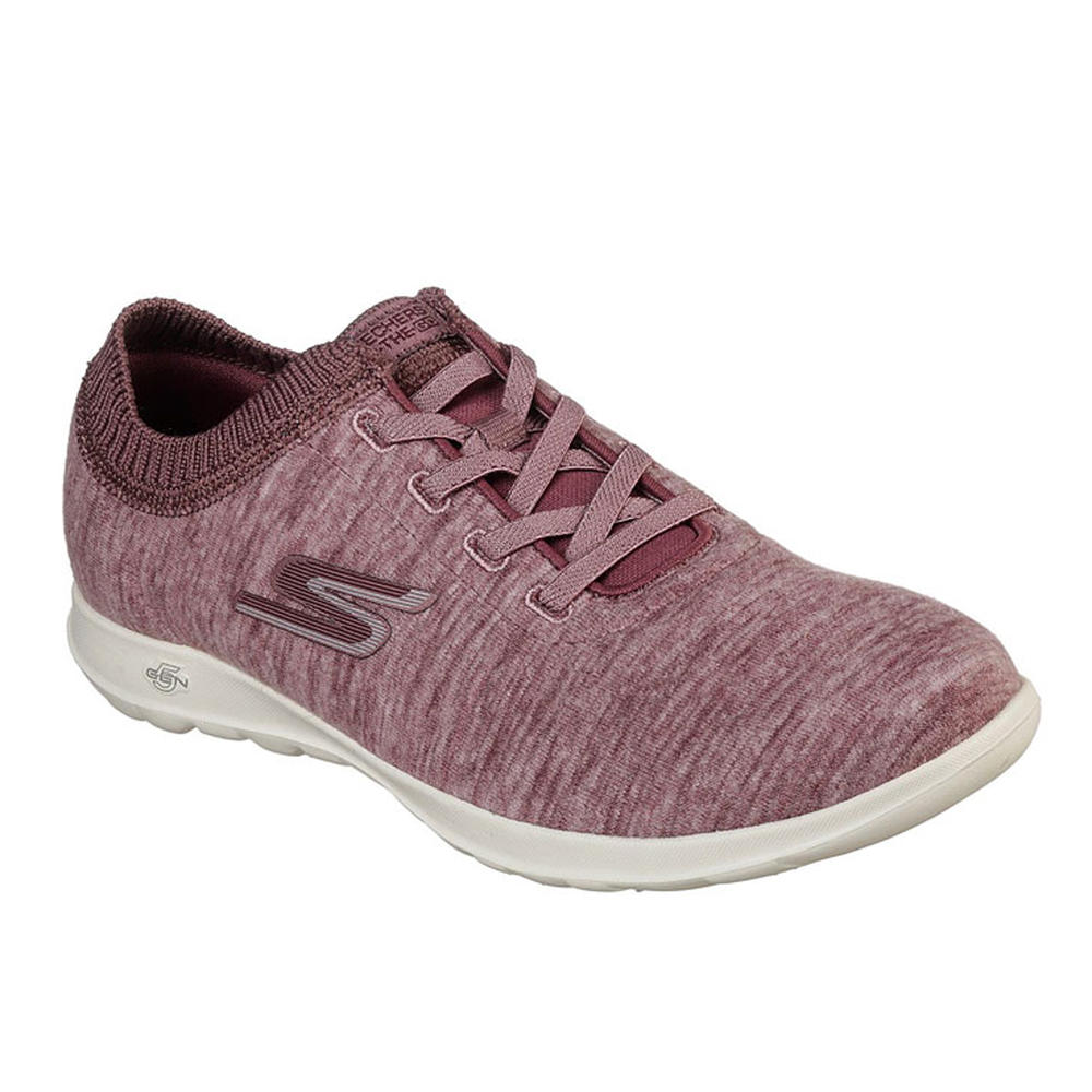 772e62943 Tênis feminino de caminhada Skechers Go Walk Floret. Tênis feminino de caminhada  Skechers ...